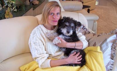 In Hund Mickey hat Michaela einen treuen Gefährten gefunden.